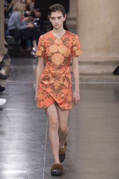 Christopher Kane - Fall 2017 Ready-to-Wear