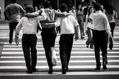 STREETPHOTO_BRASIL   @sotnasthiago  Data: 11 Mar 2016 Seleção: @anthony_carlos09  Parabéns  Marque você também para fotografias de rua #StreetPhoto_Brasil e apareça por aqui!   @StreetPhoto_Brasil #streetphotography #streetview #chiquesnourtemo #igersbrasil #galeriamink #saopaulowalk #instastreet #igers #instagrambrasil  #achadosdasemana #fotografiaderua #urban #instastreet #saopaulocity #supermegamasterpics #vscostreet #visualbrasil #ig_saopaulo_ #vscocam  #icu_brazil #parededevidro…