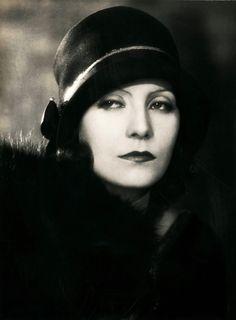 Greta Garbo - Buscar con Google