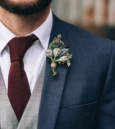 Groom suit but use blush flower. Navy groom suit with grey vest, burgundy knit tie and gumnut boutonniere Wedding Men, Dream Wedding, Wedding Attire, Wedding Ideas, Fall Wedding Suits, Rustic Wedding Suit, Garden Wedding, Post Wedding, Wedding Navy