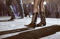 10 Country Dance Moves You Need to Master