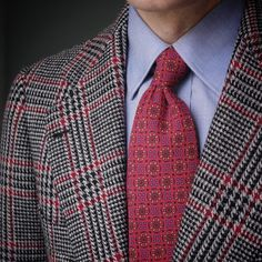Modern Gentleman, Gentleman Style, Windowpane Suit, Paisley Dress, Professional Outfits, Blazer, Suit And Tie, Elegant Outfit, Haberdashery