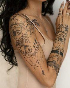 Style o check henna arm tattoo, tattoo hand, henna sleeve, arm tattoos fo. Diy Tattoo, Henna Arm Tattoo, Henna Sleeve, Tattoo Ideas, Henna Tattoo Designs Arm, Mandala Tattoo Sleeve Women, Lace Tattoo, Tattoo Pin Up, Hand Henna