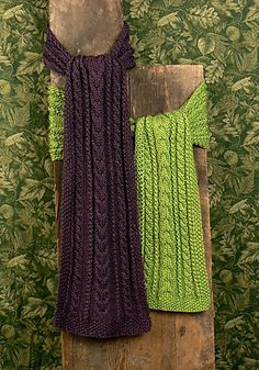 Free Pattern: Ravelry/Caron Zurich Scarf by Marilyn Losee, thanks so xox