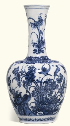 A large Dutch Delft blue and white bottle vase, circa 1700 | Lot | Sotheby's