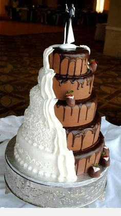 Would you have this as you wedding cake? :) #wedding #cake #yummy