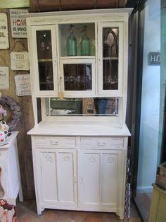 Buffetschrank Marseille Antiker Buffetschrank € 620,- China Cabinet, Cozy, Storage, Furniture, Home Decor, Marseille, Homemade Home Decor, Larger, Home Furnishings