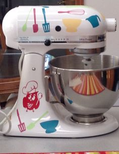 KitchenAid stand mixer with Silhouette vinyl decals Kitchen Aid Decals, Kitchen Aide, Kitchen Vinyl, Silhouette Vinyl, Silhouette Projects, Vinyl Crafts, Vinyl Projects, Circuit Crafts, Kitchenaid Stand Mixer