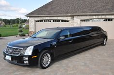 Cadillac STS Limo (125 per hr)