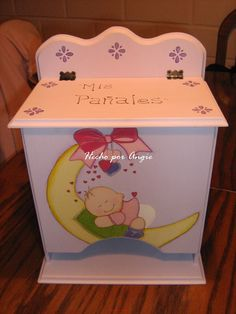 ventasmagicasmanualidades: noviembre 2009 Toy Chest, Storage Chest, Box, Furniture, Vintage, Home Decor, Decoupage On Wood, Woodworking Plans, Baby Things