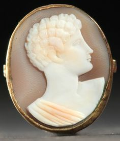 Shell Cameo Ring With Portrait Of A Young Man With Curly Hair, Wearing Classical Robes - American c.1901 - Prices4Antiques