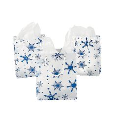Medium Clear Gift Bags With Snowflakes - OrientalTrading.com