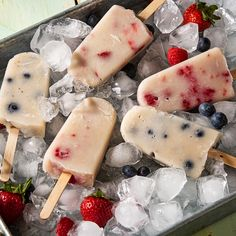Ice Cream Toppings, Ice Cream Desserts, Frozen Desserts, Just Desserts, Delicious Desserts, Frozen Treats, Healthy Desserts, Healthy Recipes, Almond Milk Popsicles