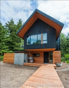Private Cabin w/Hot Tub - Ray of Sunshine - Tofino vacation rentals Hot Tub Cover, Romantic Getaway, Architect Design, Places Around The World, Renting A House, British Columbia, Great Places, Shed, Outdoor Structures