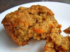 """Carrot Oatmeal Muffins This recipe is from the book, """"Devil's Food Cake Murder"""", by Joanne Fluke. - This recipe is from the book, """"Devil's Food Cake Murder"""", by Joanne Fluke. Shredded Carrot Recipe, Carrot Recipes, Easy Bread Recipes, Muffin Recipes, Baking Recipes, Breakfast Recipes, Vegan Recipes, Carrot Muffins Easy, Oatmeal Muffins"""