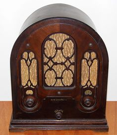 Vintage Cathedral Radio by Atwater Kent 1933