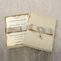 Odetta Invitation Box