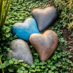 This simple heart form cast in stone gives you a complete new meaning for this symbol of love. Designed with concrete and jute fiber, this romantic accent comes in several color options and is suitable for all types of weather.