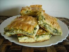 Spinach And Cheese, Spanakopita, Quiche, Yummy Food, Breakfast, Ethnic Recipes, Delicious Food, Quiches, Morning Breakfast