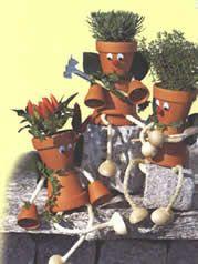 F te des parents on pinterest bricolage mother 39 s day and nespresso - Comment faire des personnages en pots de terre cuite ...