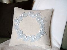 Homey Home Design: Pottery Barn Knock-off Pillow for the holidays