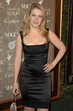 ᐈ Melissa joan hart stock pictures, Royalty Free mark lester images Cute Dress Outfits, Sexy Outfits, Cute Dresses, Melissa Joan Hart, Melissa Rauch, Photos Free, Sabrina Spellman, Black Tie, Editorial Photography