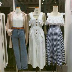 Korean Fashion Trends you can Steal – Designer Fashion Tips Korean Fashion Trends, Korean Street Fashion, Korea Fashion, Asian Fashion, Cute Fashion, Modest Fashion, Fashion Dresses, Womens Fashion, Ulzzang Fashion