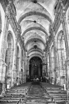 Interior da Igreja do Mosteiro de Salzedas