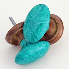 Faux Malachite Knobs - Coloring Porcelain with a Sharpie