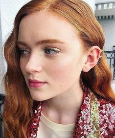 SADIE SINK Born: Apr 2002 (age · Brenham, TX Height: 5 feet 3 inches Upcoming movies: Eli · Fear Street 2 · Fear Street new Nominations: Screen Actors Guild Award for Outstanding Performance by an Ensemble in a Drama Series Sadie Sink Age, Zendaya Coleman, Stranger Things Netflix, Millie Bobby Brown, Gal Gadot, Celebs, Celebrities, Celebrity Crush, Her Hair