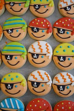 Minecraft Cookies for Henry's Birthday Party piraten cookies (Cute Bake Ideas) Pirate Food, Pirate Day, Pirate Birthday, Boy Birthday, Birthday Parties, Pirate Theme, Birthday Cake, Iced Cookies, Cupcake Cookies