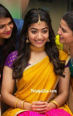 Rashmika Mandanna HD in Sarileru Neekevvaru Beautiful Girl Photo, Beautiful Girl Indian, Beautiful Saree, Most Beautiful Bollywood Actress, Beautiful Actresses, Girl Pictures, Girl Photos, South Indian Actress Photo, South Actress
