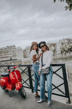 Sara Escudero and Julie Sariñana in Paris