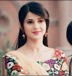 Beautiful Girl Indian, Beautiful Girl Image, Beautiful Indian Actress, Beautiful Life, Jennifer Winget Beyhadh, Front Hair Styles, Indian Tv Actress, Jennifer Love, Girly Pictures