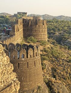 Rohtas Fort is a historical garrison fort built by king Farid Khan, located near the city of Jhelum in Pakistan. This fort is about 4 km in circumference and the first example of the successful amalgamation of Pashtun and Hindu architecture in the Indian Subcontinent.Sher Shah Suri named Qila Rohtas after the famous Rohtasgarh Fort in Shahabad district near Baharkunda, Bihar which he captured from the Raja of Rohtas Hari Krishan Rai in 1539.