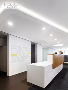 Elegant, simple and inspiring counter and backwall