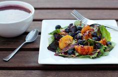 Blueberry Breakfast Salad Blueberry Breakfast Salad and Why Alison Sweeney and I Should Be Besties Breakfast Salad, Blueberry Breakfast, Breakfast Recipes, Egg Free Recipes, Cereal Recipes, Cooking Recipes, Healthy Recipes, Food Dinners