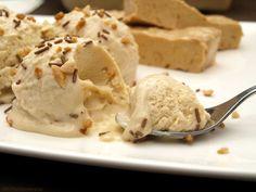 Helado de turrón de Jijona - MisThermorecetas Thermomix Desserts, Cold Desserts, Sorbets, Ice Ice Baby, Vegan Ice Cream, Ice Cream Recipes, Sweet Recipes, Granite, Mousse