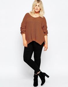 Image 4 of ASOS CURVE Ultimate Chunky Jumper with V Neck