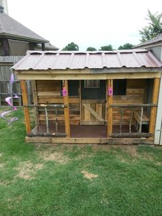 Pallet play house