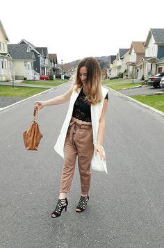 Le Chic printanier - NaNa Toulouse Daily Look, Toulouse, Khaki Pants, Chic, Fashion, Khakis, Elegant, Moda, La Mode