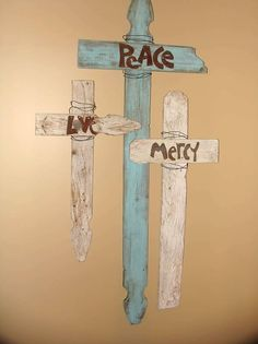Cross made from repurposed fencing & pallets w/ old tin lettters. First Fruit Collection Christmas Home Tour 2011 Wooden Crosses, Wall Crosses, Crosses Decor, Ruby Wedding, Wedding Sets, Wedding Rings, Wood Projects, Craft Projects, Craft Ideas