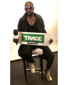 @oudy_premierofficiel était de passage dans les locaux de @traceafrica.officiel ! Quel est votre titre préféré de l'artiste ?  #TRACEAfrica #WeLoveAfricanMusic #Onestensemble #Africa #Africaunited #TRACEFamily #exclusivite #madeinafrica #madeinafrica #originality #africanking #weloveafricanculture #hitmaker #225 #photooftheday #amazing #instadaily #TRACEAfricaDaily #artist