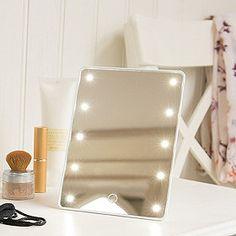 Illuminating-Travel-Mirror from Lakeland