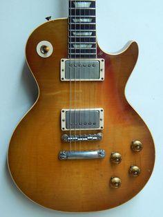 Keith Richards 1959 Les Paul Standard Gibson Les Paul Sunburst, Famous Guitars, Les Paul Guitars, Les Paul Standard, Keith Richards, Vintage Guitars, Electric Guitars, Bass, Entertainment