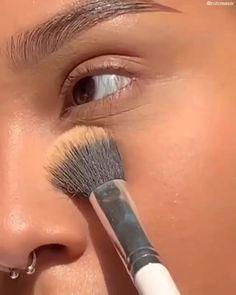 Maquillage Black, Maquillage On Fleek, Contour Makeup, Skin Makeup, Eyeshadow Makeup, Grunge Makeup Tutorial, Makeup Looks Tutorial, Edgy Makeup, Makeup Eye Looks