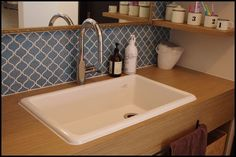 人気の実験用シンク イエ(web内覧会) : イエ、パン、ヌイモノ Parents Room, Washroom, Kitchen Pantry, Basin, Tiles, Laundry, House Styles, Home Decor, Room Tiles