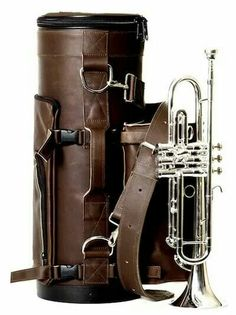 A Torpedo gig bag, with mute bag. over the shoulder protection. and lookin' like a pro. Trumpet Case, Jazz Trumpet, Trumpet Music, Trombone, Saxophone, Brass Musical Instruments, Music Tones, Hammond Organ, Gun Art
