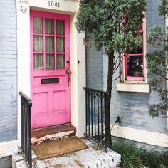 Pink doorsteps always leave you smiling!