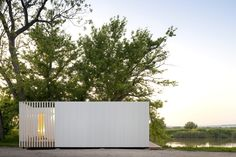 Imagem 1 de 7 da galeria de Treehouse Riga / Appleton & Domingos. Fotografia de Fernando Guerra |  FG+SG